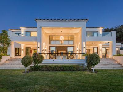Luxury designer villa with open views in La Zagaleta