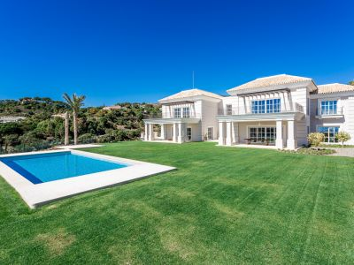 Spectacular new villa with sea view La Zagaleta