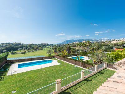 Magnifique villa en première ligne du golf de Santa Clara Golf Los Monteros Marbella