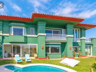 Elegant golf and beach front villa