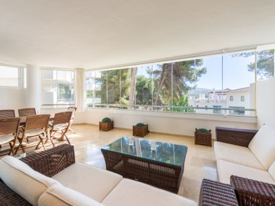 Spacious apartment a few steps from the beach in Rio Real Marbella