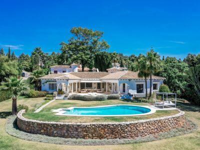 Grosse Familienvilla mit Meerblick und Gästehaus