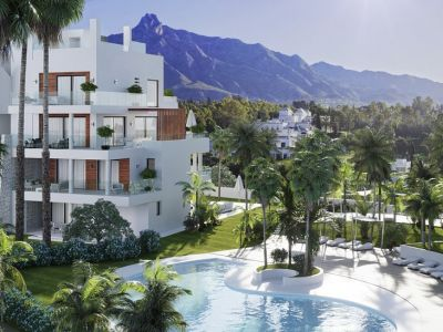 BENALUS Luxury 3 bed apartment on the Golden Mile next to the beach