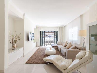 Conveniently located apartment, Nueva Andalucía