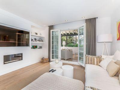 Appartement moderne de 3 chambres à Puente Romano