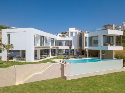 Moderne Luxusvilla mit herrlichem Blick