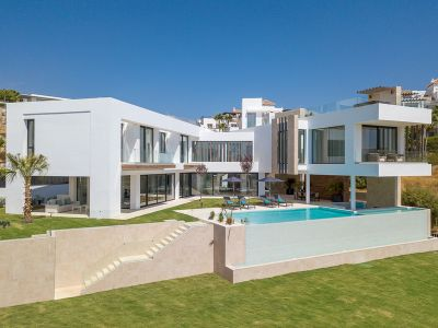 Lujosa villa contemporánea, vistas impresionantes