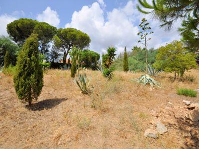 Grundstück im Herzen Elvirias mit Meerblick