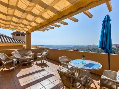 Penthouse in La Mairena, Elviria - Marbella East