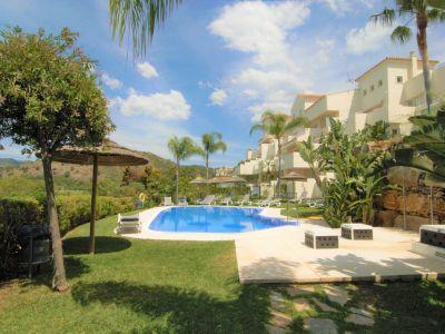 Luxury apartment with stunning panoramic views, Puerto del Almendro, Benahavís