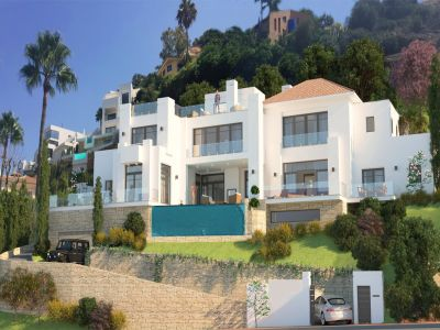 Modern villa with project and building license in El Rosario Marbella