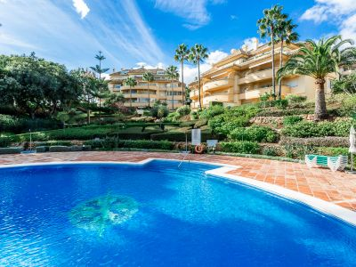 Fantastique appartement à Elviria avec vue sur la mer, Marbella Est