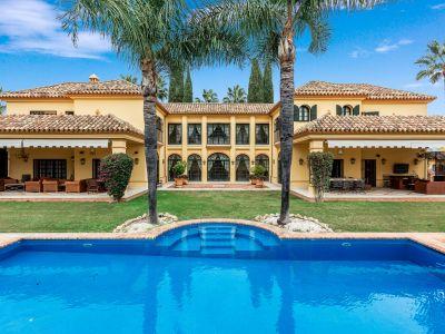 Spektakuläre andalusische Villa, Guadalmina Baja