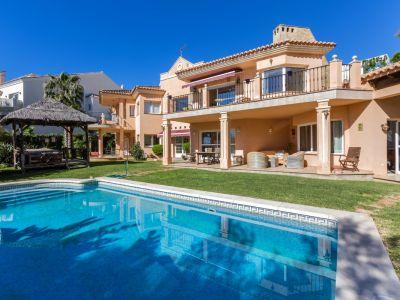 Grande villa à l'Hacienda las Chapas