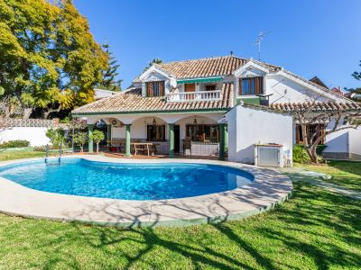 Villa de style andalou dans le centre de Marbella