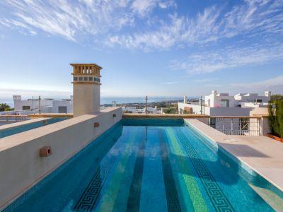 Luxurious Villa in Private Gated Community Marbella Golden Mile