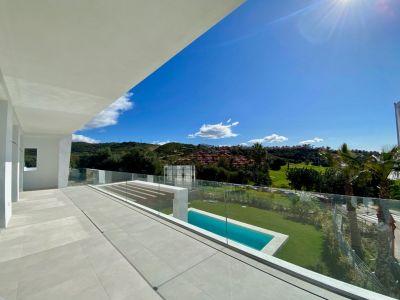New contemporary style villa in Santa Clara Golf Los Monteros Marbella