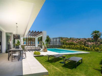 Nouvelle villa de style contemporain à Santa Clara Golf Los Monteros Marbella