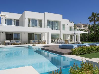 Contemporary frontline beach Villa in Marbella close to Puerto Banus