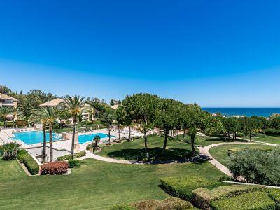 Apartamento de dos dormitorios en el prestigioso La Trinidad Marbella