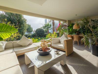 Luxury garden apartment in Imara