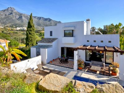 Investment opportunity to reform a three bedroom house La Capellanía