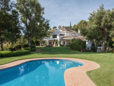 Maravillosa villa con impresionantes vistas al mar in La Zagaleta
