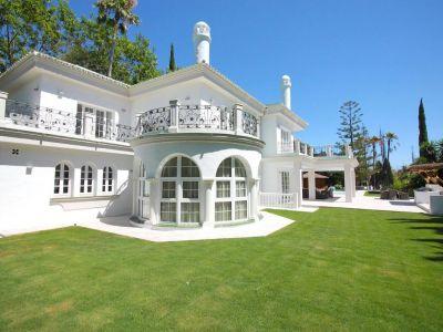 Spectacular Villa In Prestigious Aloha Golf, Nueva Andalucía