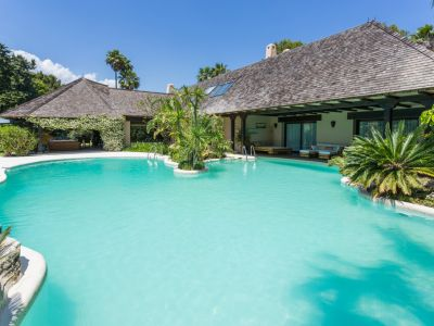Luxurious African style villa - Rio Real Golf