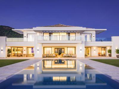 Luxury villa with panoramic sea views in La Zagaleta