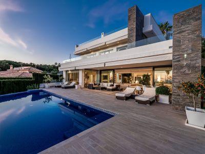 Modern Designer Villa with Stunning Views Golden Mile