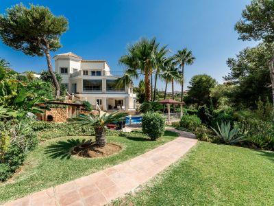 High quality villa in Hacienda Las Chapas with breathtaking views