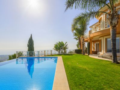 Marbella, Los Monteros, Villa for sale with spectacular panoramic views