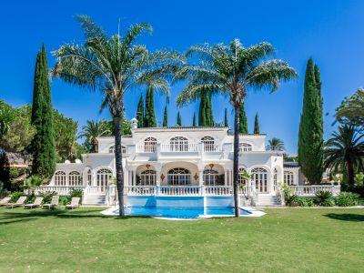 """""""Prince"""" Stil Villa in El Paraiso Alto"""