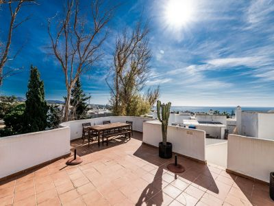 Beautiful penthouse next to the beach in Marbella Real