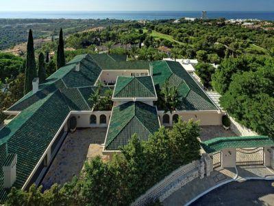 Extraordinary Estate with open sea views in Rio Real Marbella