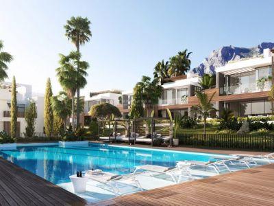 Espectacular y lujosa villa de diseño de obra nueva en Sierra Blanca, Milla de Oro de Marbella