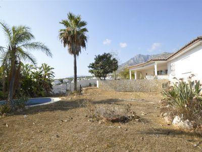 ¡Oportunidad! Fantástica villa para reformar en venta en Valdeolletas, Marbella Centro