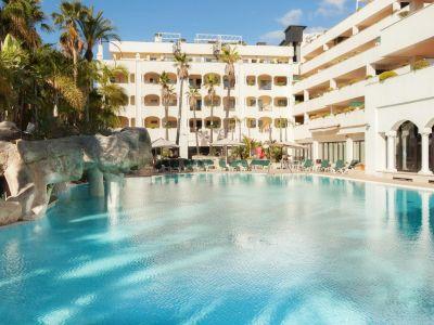 Atico en venta en Guadalpin Suites Marbella