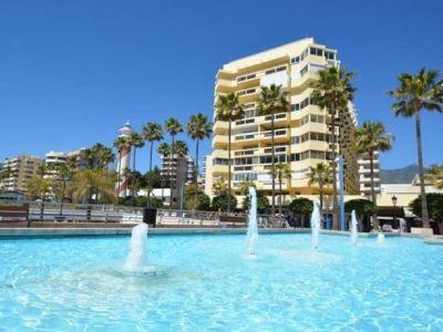 Maravilloso estudio en primera linea de playa en Marbella