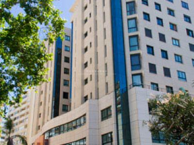 Amplia oficina en alquiler en pleno centro de Marbella, Avenida Ricardo Soriano