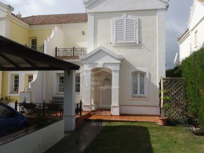Semi Detached House in Alcaidesa Alta, Alcaidesa