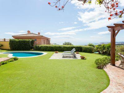 Villa in El Higueron, Fuengirola
