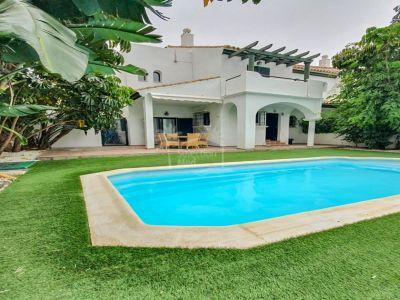 Semi Detached Villa in Los Hidalgos, Manilva