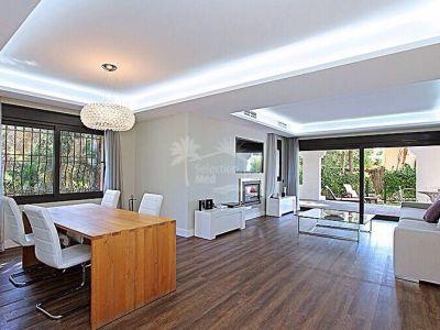 Apartment in Benamara, Estepona
