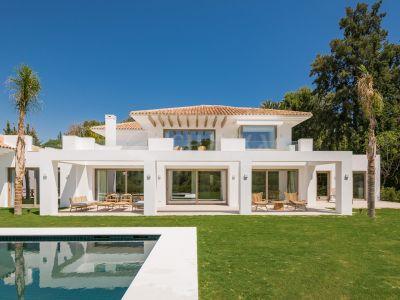 Villa in El Paraiso, Estepona