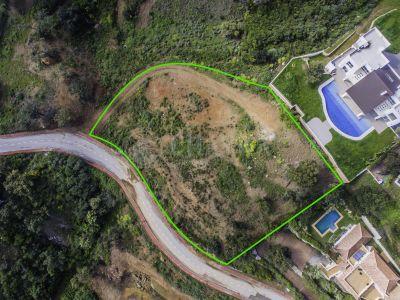 Земельный участок в La Mairena, Марбелья