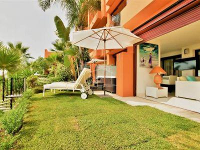 Apartamento Planta Baja en Los Flamingos Golf, Benahavis