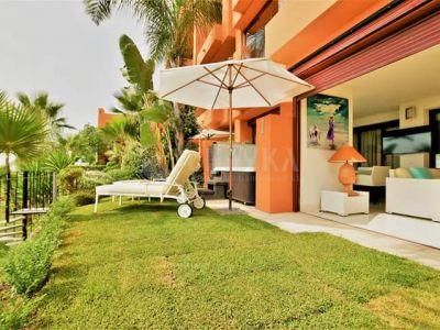 Ground Floor Apartment in Los Flamingos Golf, Benahavis