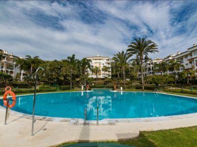 Apartamento Planta Baja en Hacienda Nagüeles I, Marbella